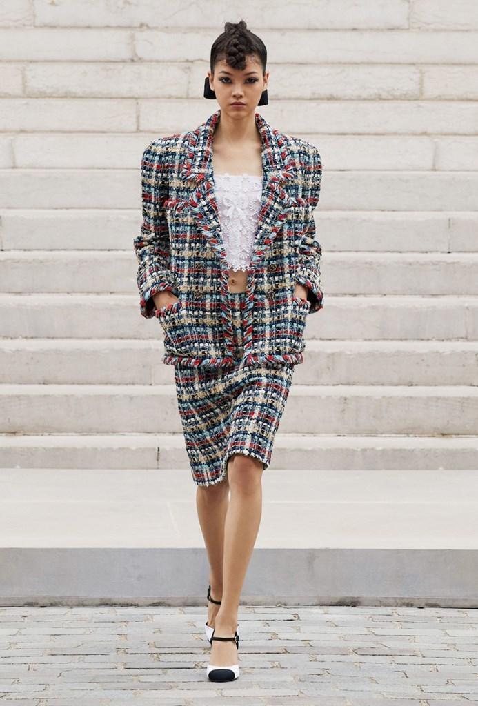 Chanel_Fall2021_Couture_Fashionela (18)