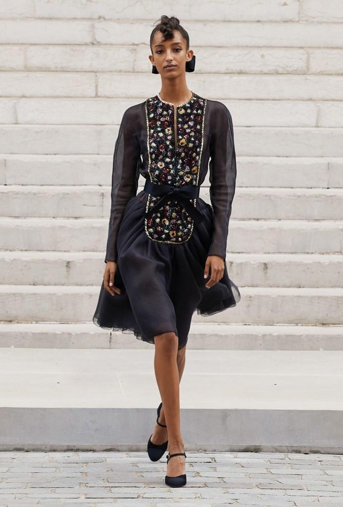 Chanel_Fall2021_Couture_Fashionela (20)