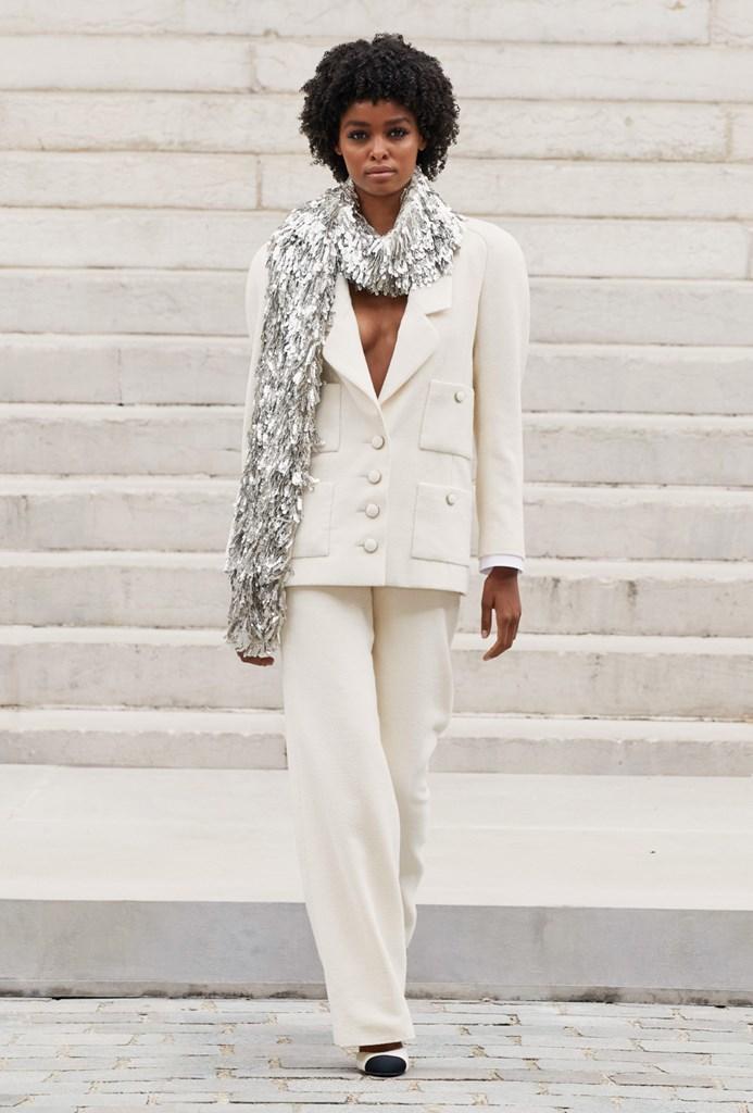 Chanel_Fall2021_Couture_Fashionela (24)