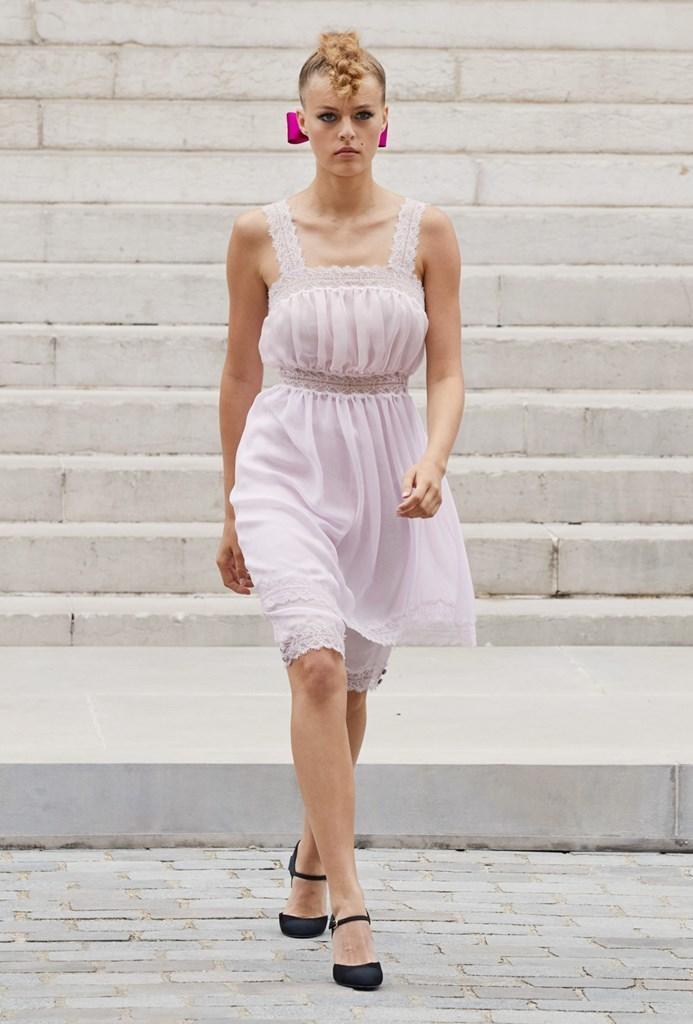 Chanel_Fall2021_Couture_Fashionela (27)