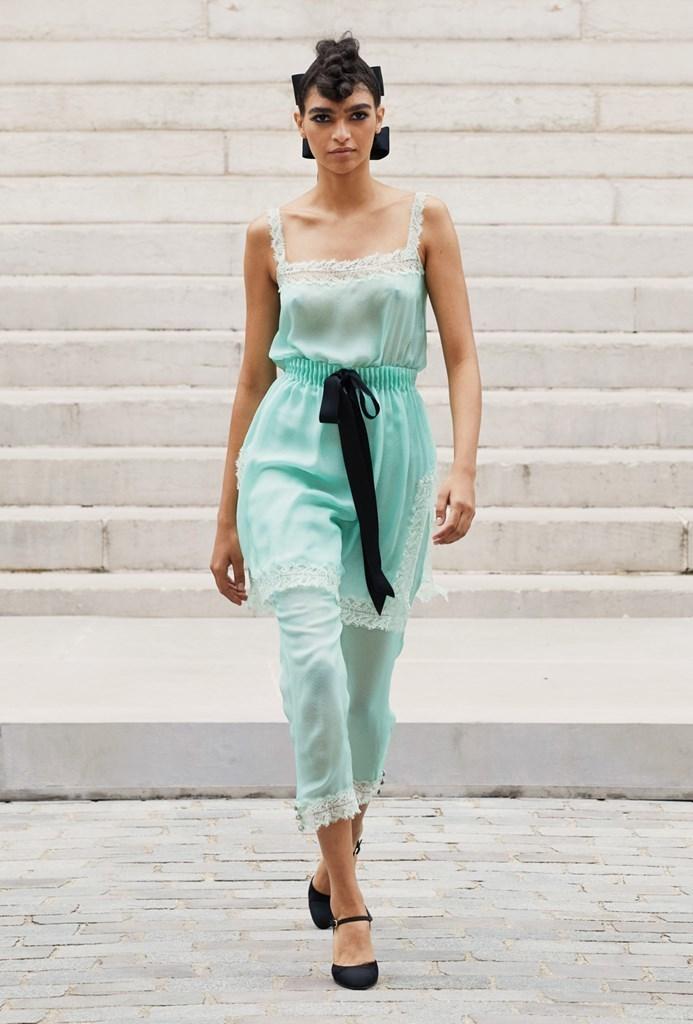 Chanel_Fall2021_Couture_Fashionela (28)