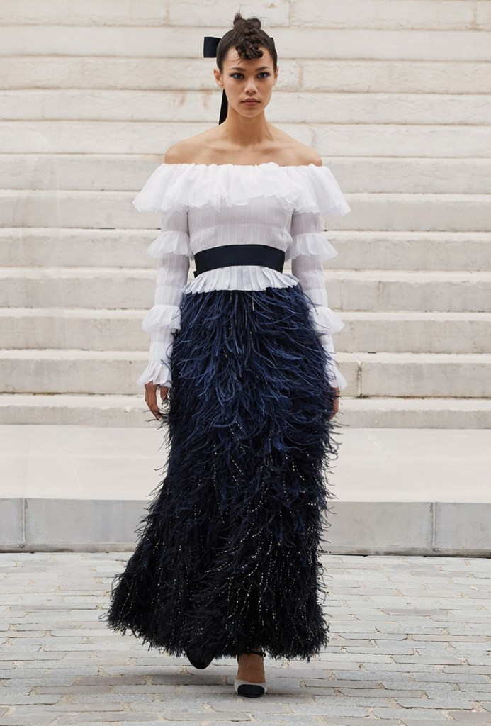 Chanel_Fall2021_Couture_Fashionela (32)