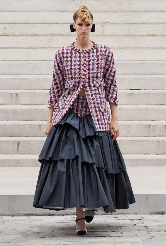 Chanel_Fall2021_Couture_Fashionela (7)