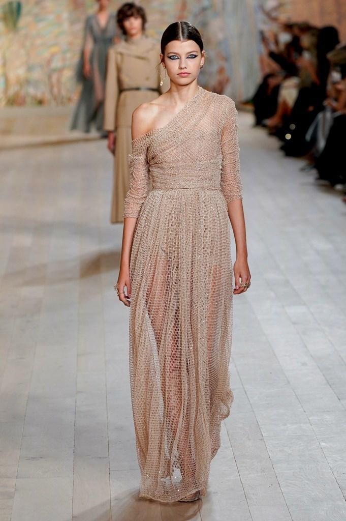 Dior_FW21_Couture_Fashionela (29)