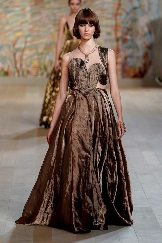 Dior_FW21_Couture_Fashionela (53)
