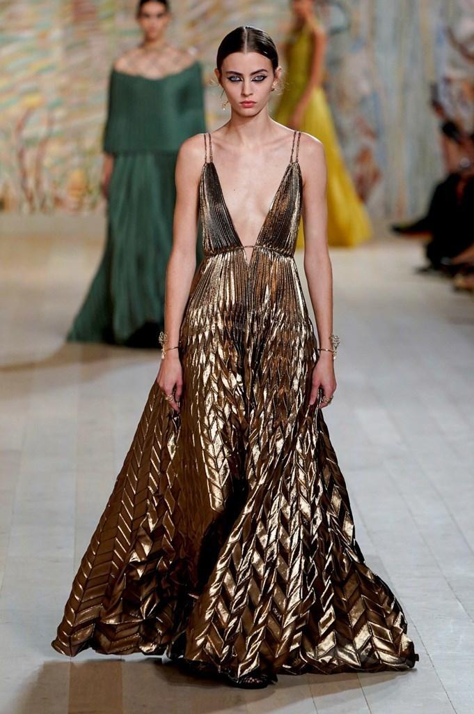 Dior_FW21_Couture_Fashionela (54)