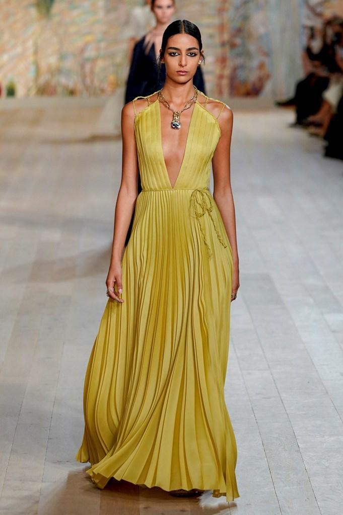 Dior_FW21_Couture_Fashionela (55)