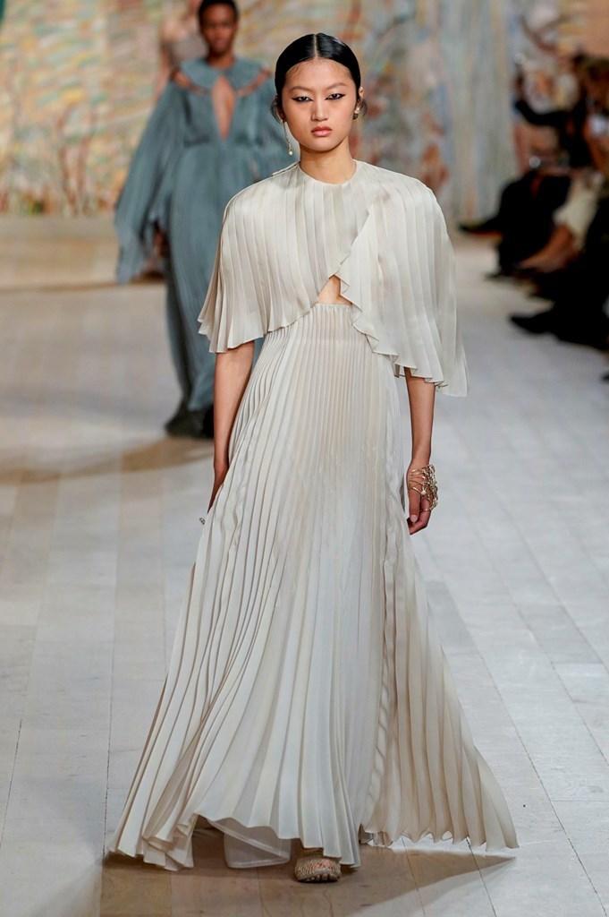 Dior_FW21_Couture_Fashionela (57)