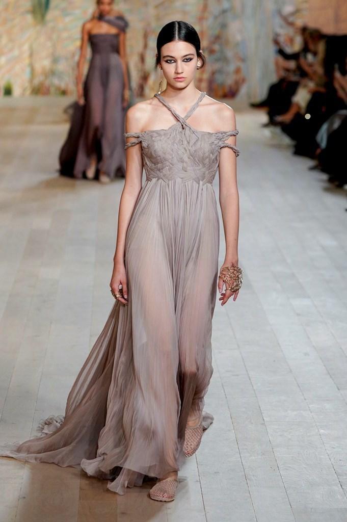 Dior_FW21_Couture_Fashionela (58)