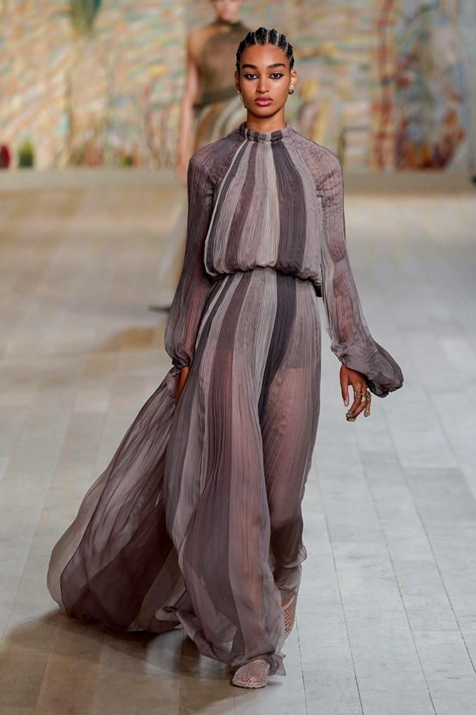 Dior_FW21_Couture_Fashionela (62)
