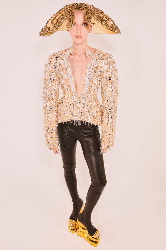 Schiaparelli_Couture_FW21_Fashionela (12)