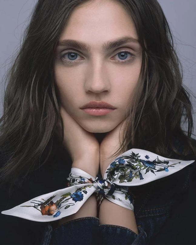 Dior_FW21_Scarver_collection_Fashionela (3)