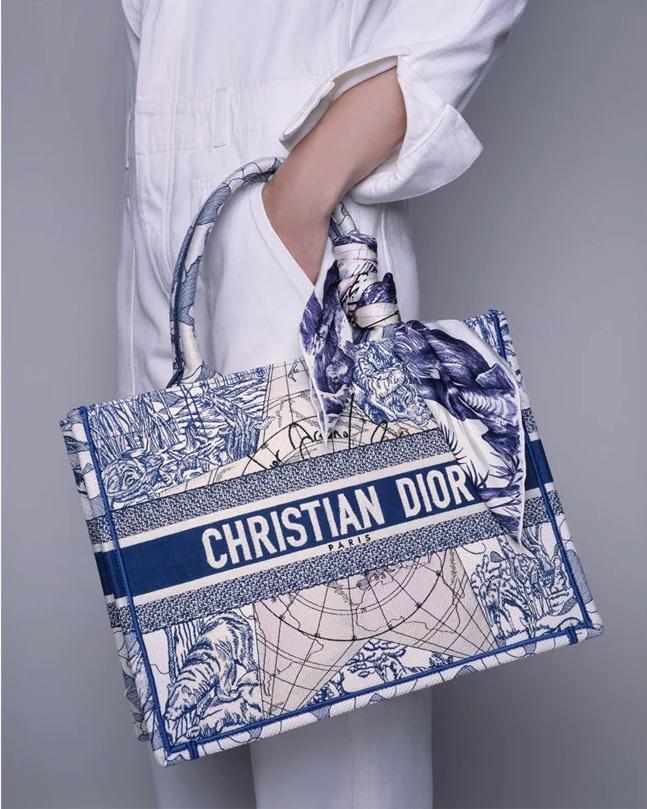 Dior_FW21_Scarver_collection_Fashionela (5)