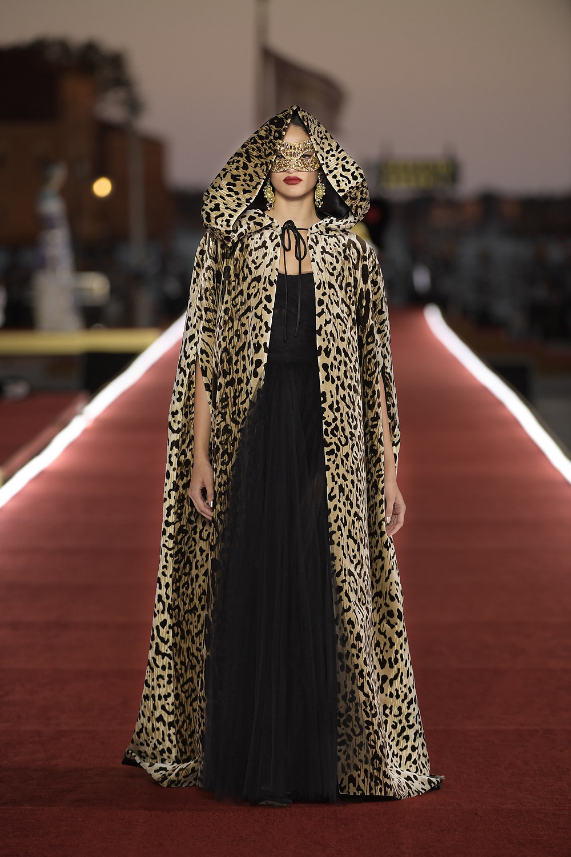 Dolce_Gabbana_Alta_Moda_2021_Fashionela (100)