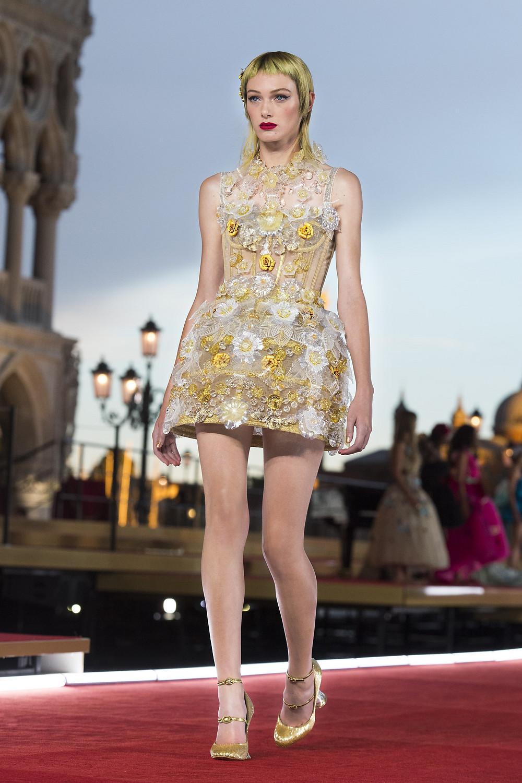 Dolce_Gabbana_Alta_Moda_2021_Fashionela (11)