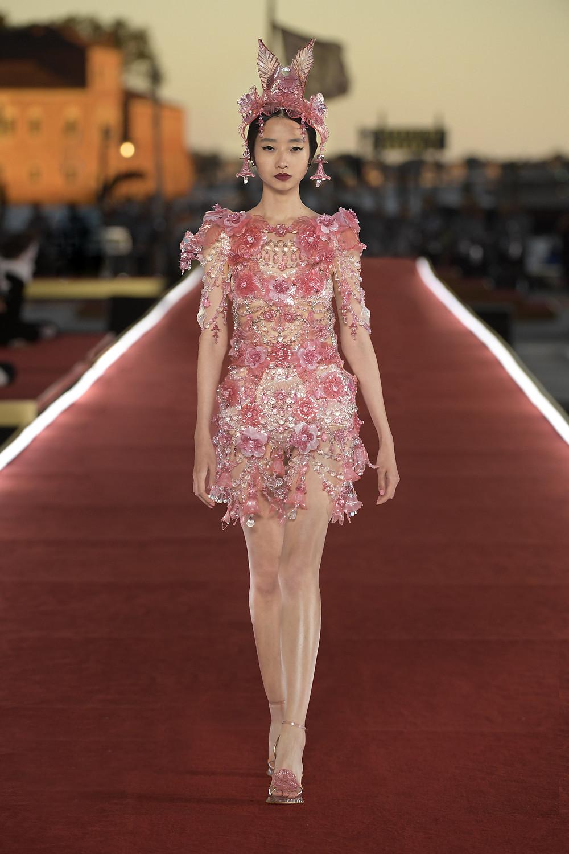 Dolce_Gabbana_Alta_Moda_2021_Fashionela (12)