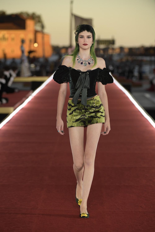 Dolce_Gabbana_Alta_Moda_2021_Fashionela (20)