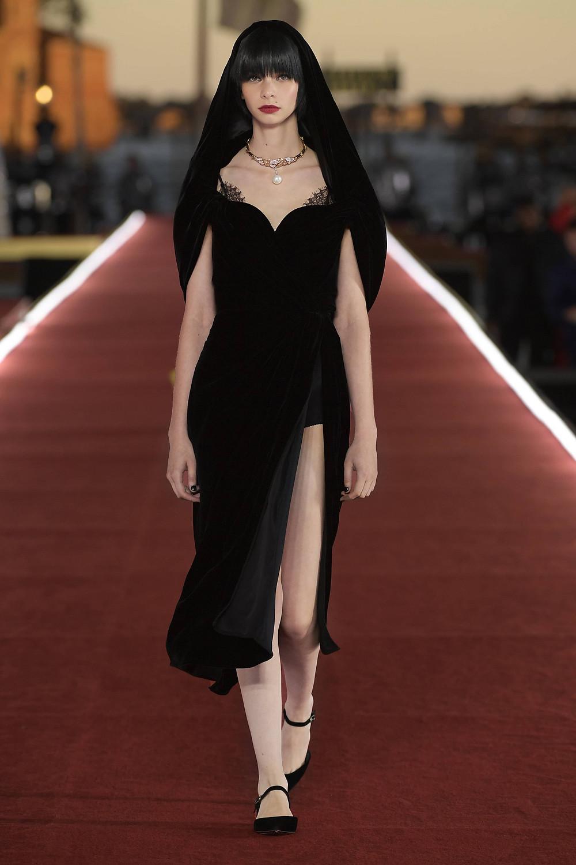 Dolce_Gabbana_Alta_Moda_2021_Fashionela (27)