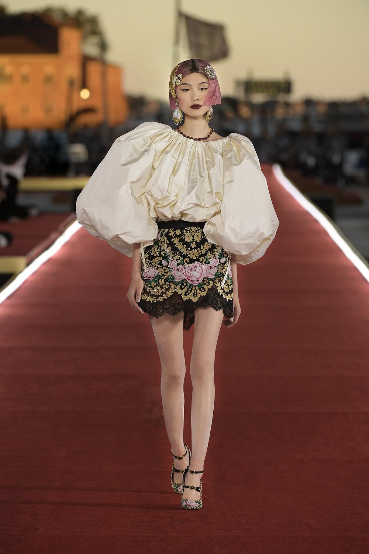 Dolce_Gabbana_Alta_Moda_2021_Fashionela (30)