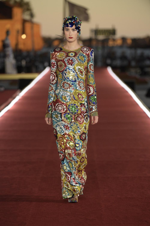 Dolce_Gabbana_Alta_Moda_2021_Fashionela (40)