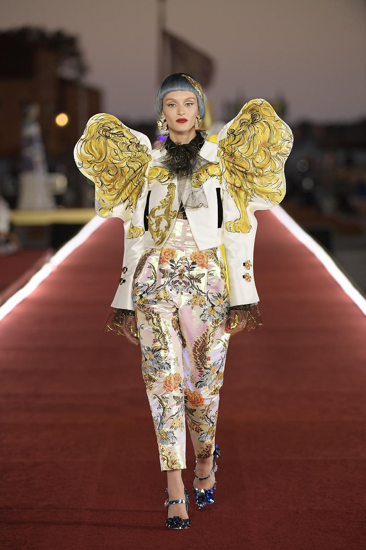 Dolce_Gabbana_Alta_Moda_2021_Fashionela (50)