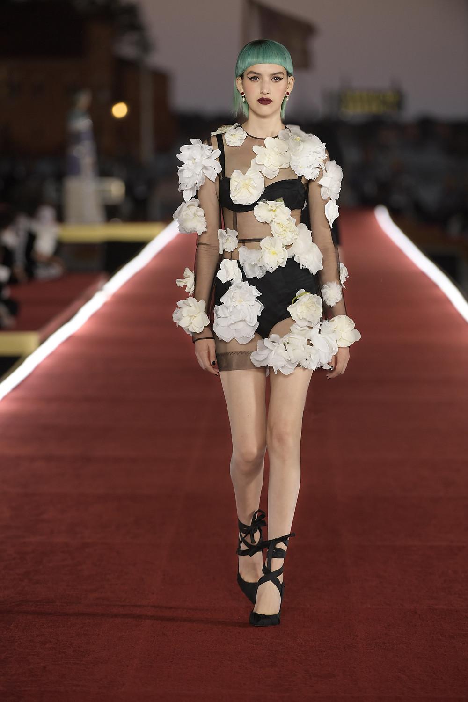 Dolce_Gabbana_Alta_Moda_2021_Fashionela (52)