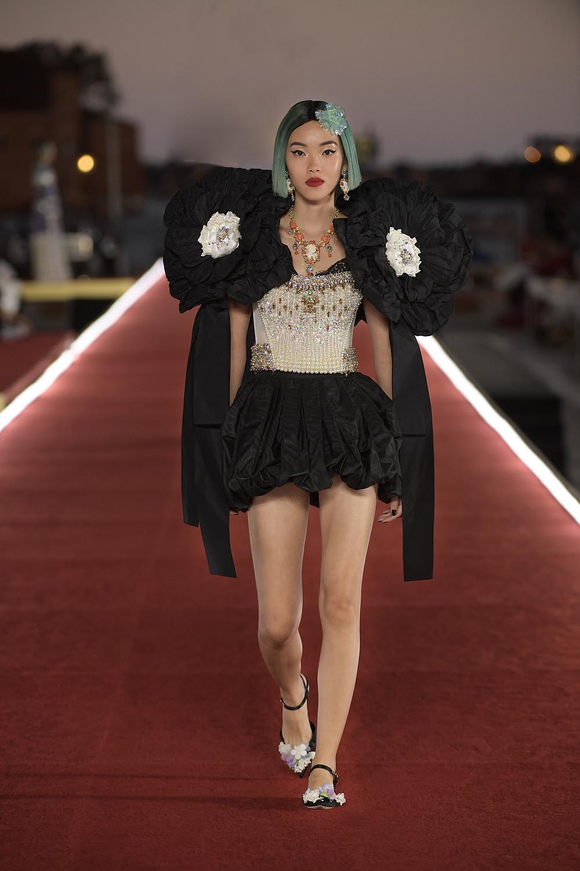 Dolce_Gabbana_Alta_Moda_2021_Fashionela (54)