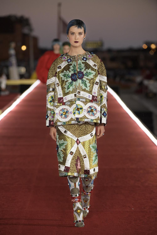 Dolce_Gabbana_Alta_Moda_2021_Fashionela (56)