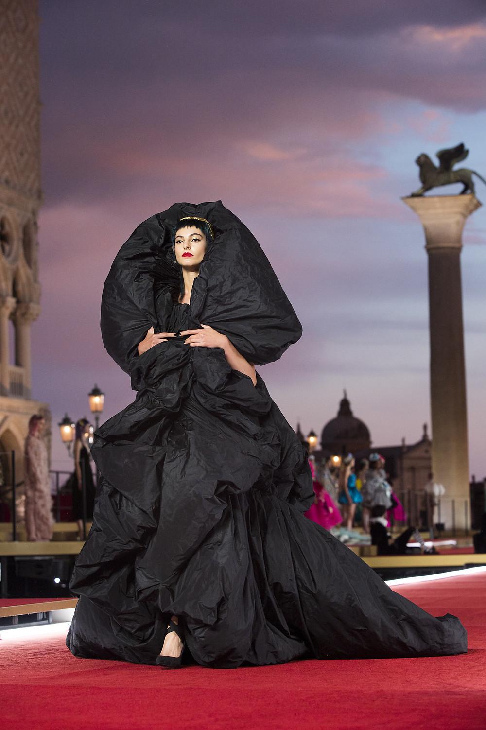 Dolce_Gabbana_Alta_Moda_2021_Fashionela (66)