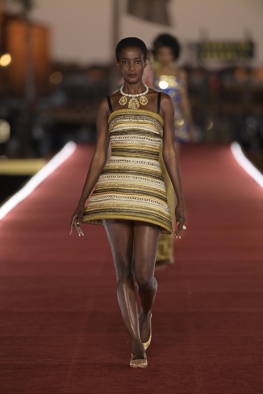 Dolce_Gabbana_Alta_Moda_2021_Fashionela (78)