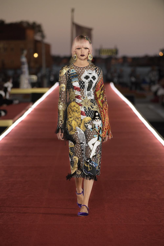 Dolce_Gabbana_Alta_Moda_2021_Fashionela (81)