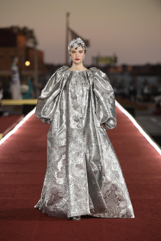 Dolce_Gabbana_Alta_Moda_2021_Fashionela (83)
