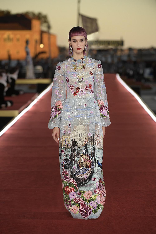 Dolce_Gabbana_Alta_Moda_2021_Fashionela (88)