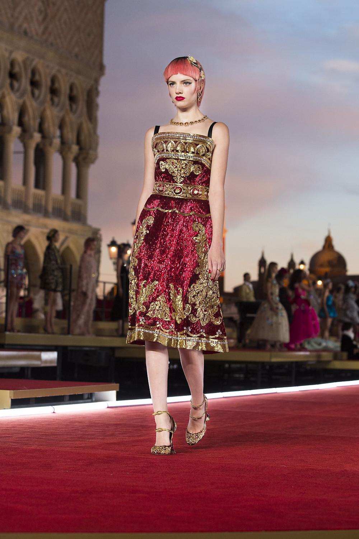 Dolce_Gabbana_Alta_Moda_2021_Fashionela (94)