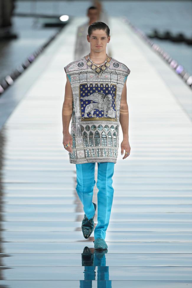 Dolce_Gabbana_Alta_Sartoria_2021_Fashionela (1)