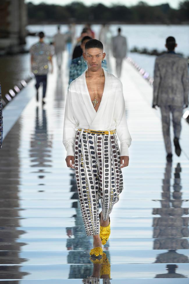 Dolce_Gabbana_Alta_Sartoria_2021_Fashionela (16)