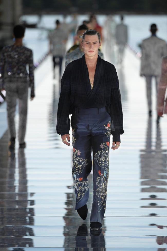 Dolce_Gabbana_Alta_Sartoria_2021_Fashionela (18)