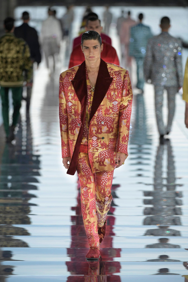 Dolce_Gabbana_Alta_Sartoria_2021_Fashionela (24)