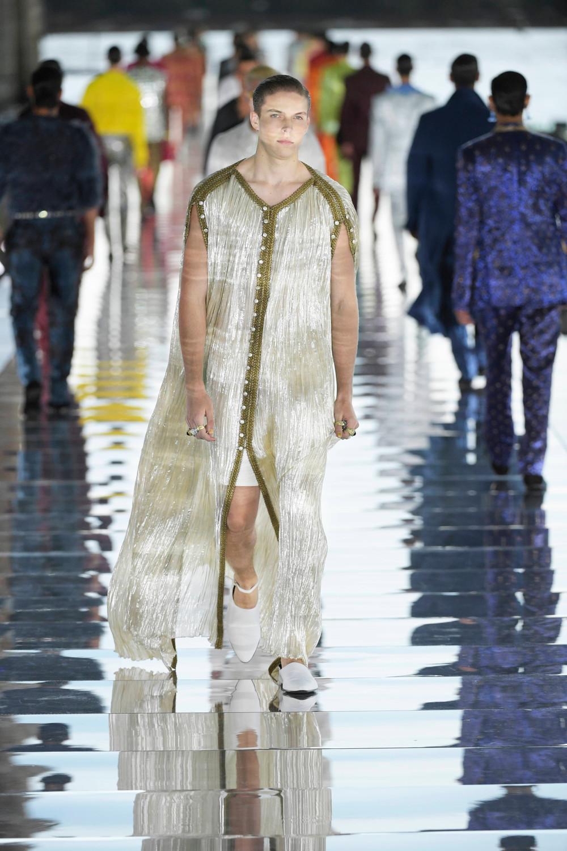 Dolce_Gabbana_Alta_Sartoria_2021_Fashionela (40)
