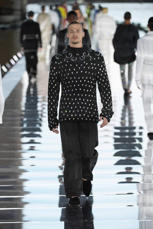 Dolce_Gabbana_Alta_Sartoria_2021_Fashionela (47)