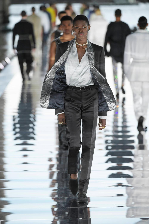 Dolce_Gabbana_Alta_Sartoria_2021_Fashionela (48)