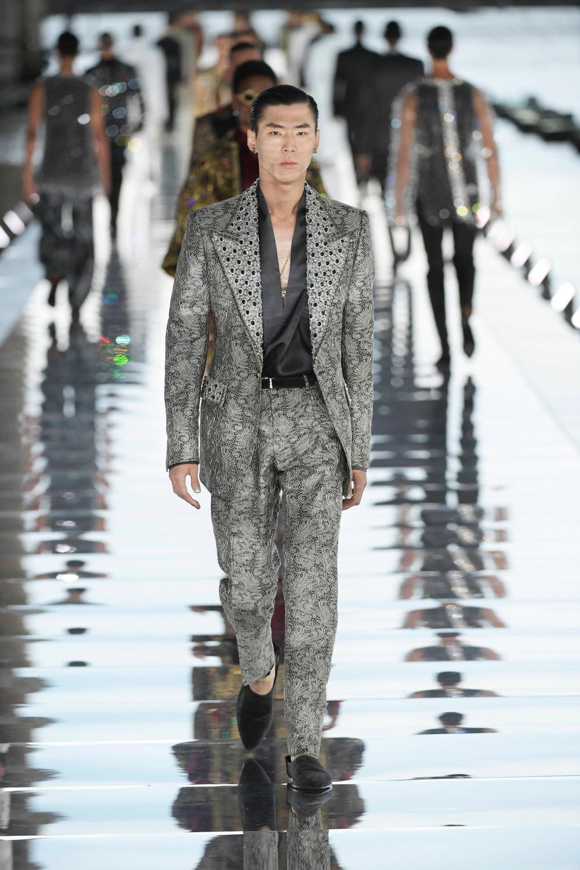 Dolce_Gabbana_Alta_Sartoria_2021_Fashionela (53)