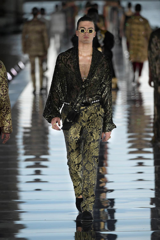 Dolce_Gabbana_Alta_Sartoria_2021_Fashionela (59)