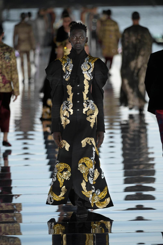Dolce_Gabbana_Alta_Sartoria_2021_Fashionela (60)