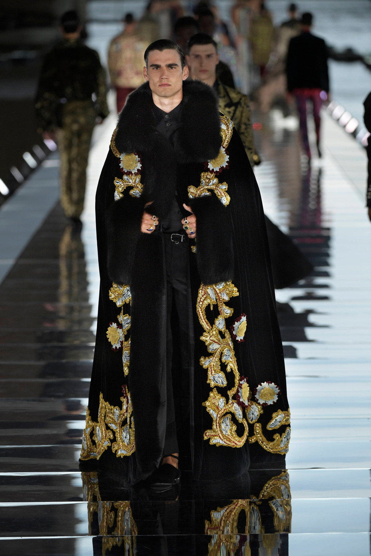 Dolce_Gabbana_Alta_Sartoria_2021_Fashionela (62)