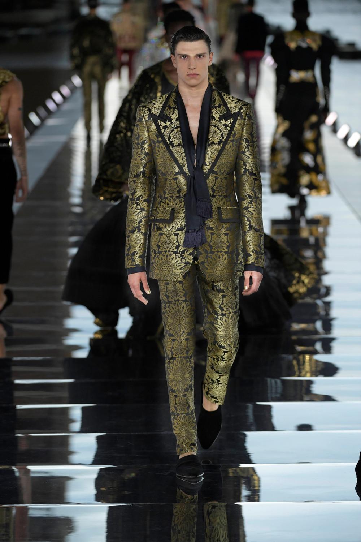 Dolce_Gabbana_Alta_Sartoria_2021_Fashionela (63)