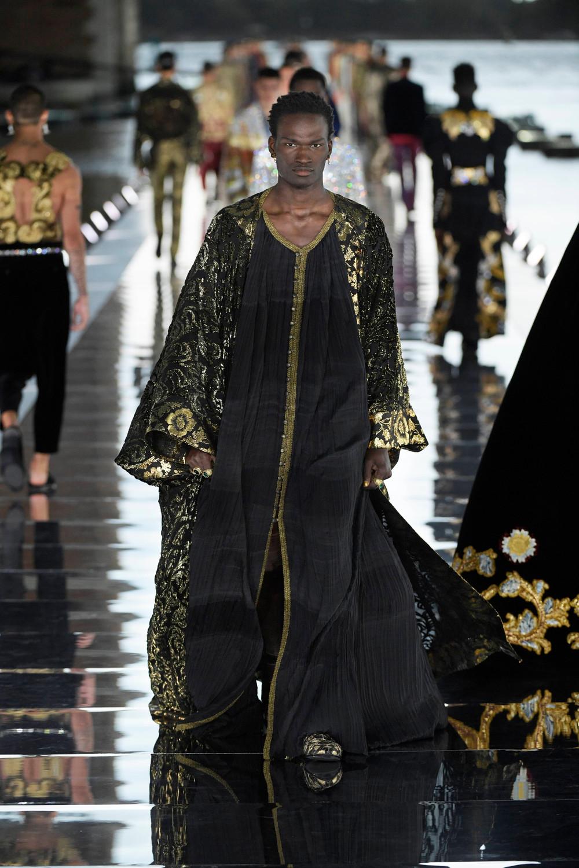 Dolce_Gabbana_Alta_Sartoria_2021_Fashionela (64)