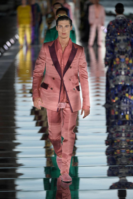 Dolce_Gabbana_Alta_Sartoria_2021_Fashionela (83)