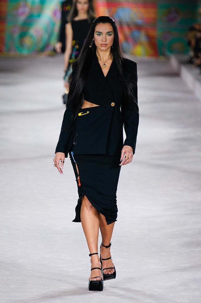 Versace_SS22_Fashionela (1)