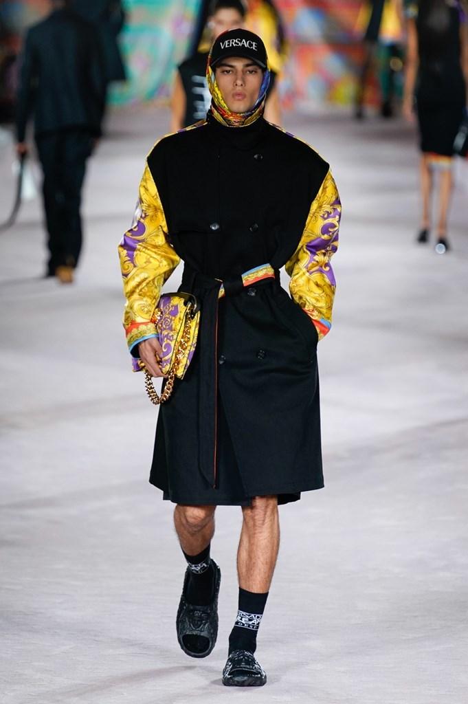 Versace_SS22_Fashionela (10)